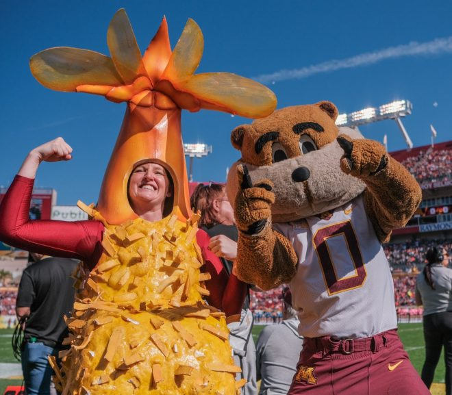 AFTERNOON GAME UPDATE: GOPHERS STUN AUBURN, BAMA PUTS MICHIGAN IN SLOW COOKER