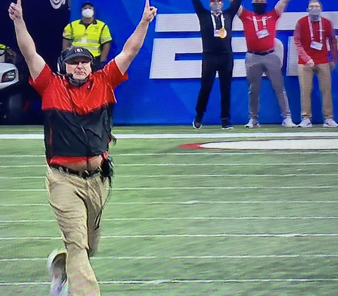 GEORGIA COMES FROM BEHIND TO WIN PEACH BOWL